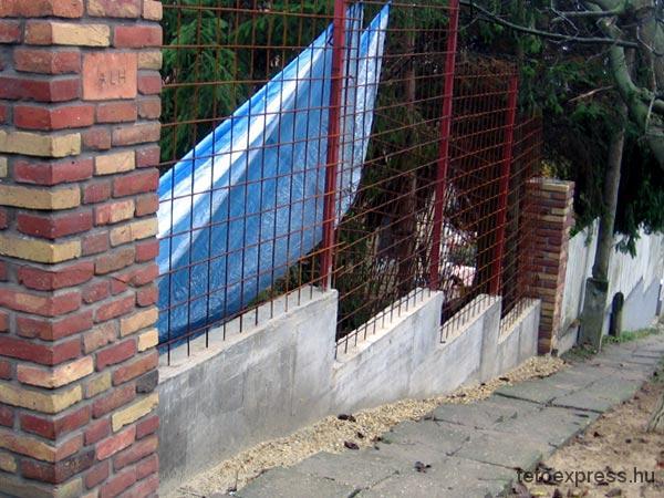 2009. Kerítés építés, Hűvösvölgy