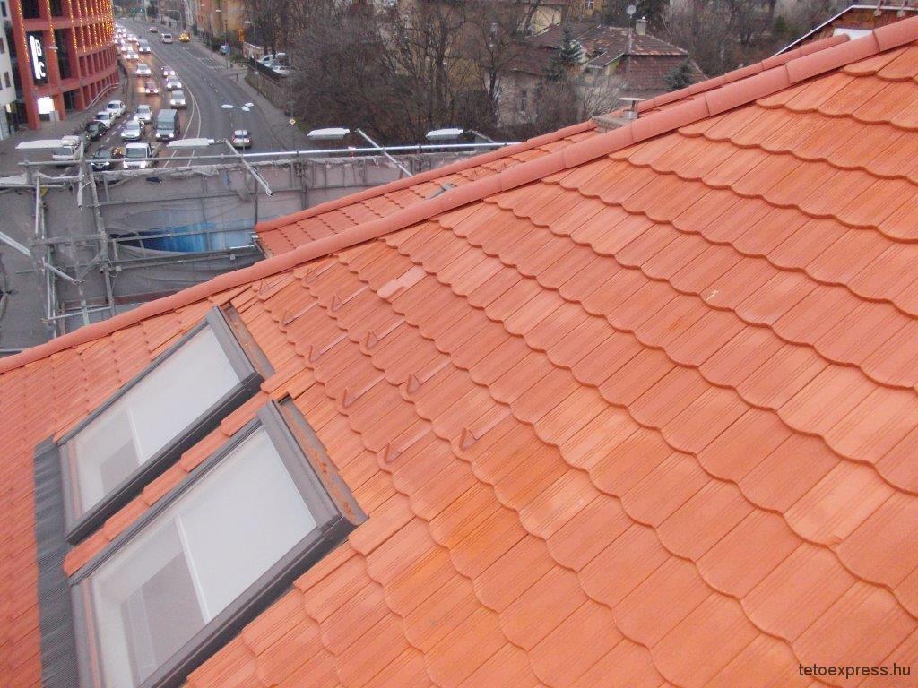 2015. Tetőfelújítás, Budapest